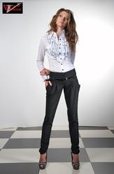 Продам брюки,  юбки,  комбинезоны оптом и в розницу.