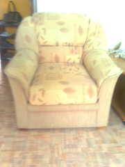 Два мягких кресла в оличном состоянии